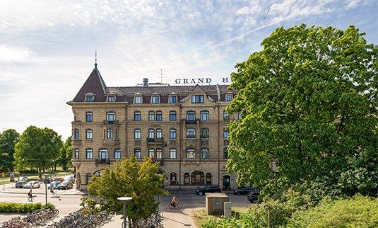 boka grand hotel hamstad när du cyklar gårdstrampet
